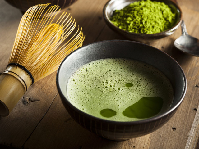 54293c43853dd26788c64f77bcc8fbef05ce2351 diet nutrition nutrition discover matcha tea 2716x1810 000055981922 1024x768