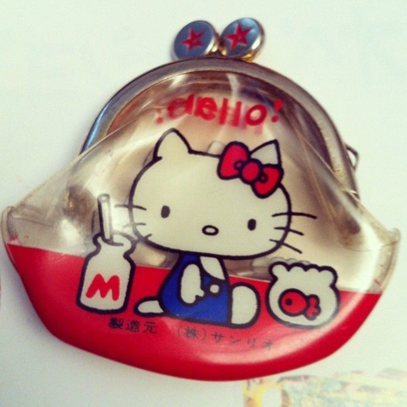 5d4ad40ae One of these cartoonists was Yuko Shimizu who designed Hello Kitty, and the  first item ever produced was a coin purse which was released in 1974!